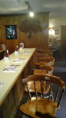 Pipersville, PA: Or you can sit at the counter