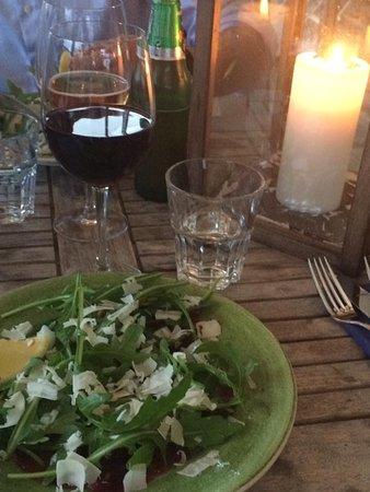 Varberg, السويد: Utsökt måltid denna kväll i augusti. Carpaccio och lammfilé