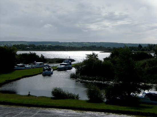 Silver Eel B&B: We do not have a boat but if we did would moor here, bar open from 6pm and evening food Fri/Sat/