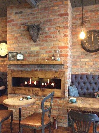 Ballyclare, UK: Fireplace !