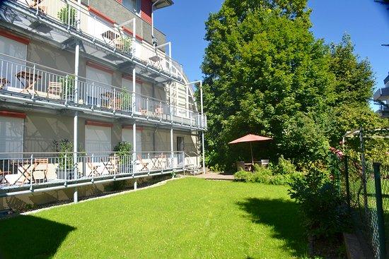 Garten zu unserem Hotel in Weingarten