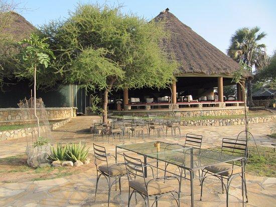 Tarangire Sopa Lodge: Hotels main room