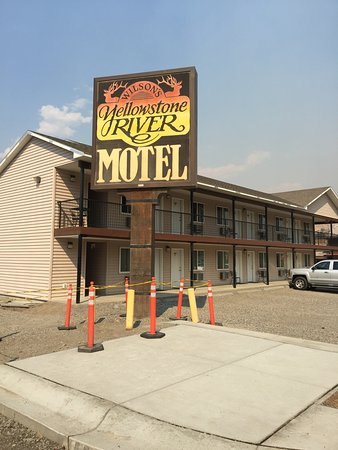 ‪Yellowstone River Motel‬