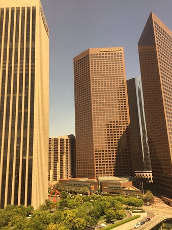 The Westin Bonaventure Hotel & Suites Photo