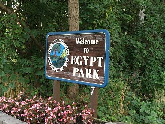 Fairport, NY: Egypt Park - entrance sign