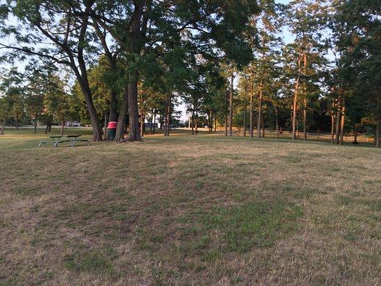 Fairport, NY: Egypt Park - park grounds