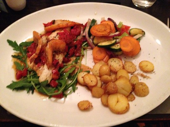 Callander, UK: seafood plate - absolutely delicious