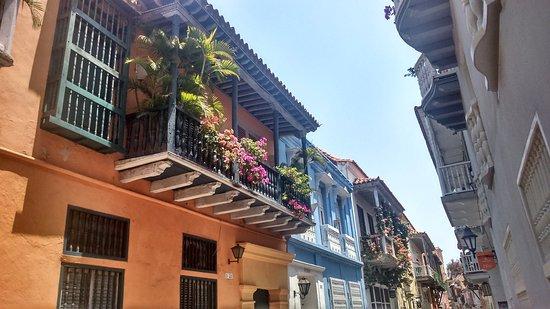 Puente del Inca, Argentina: Los balcones de la ciudad amurallada