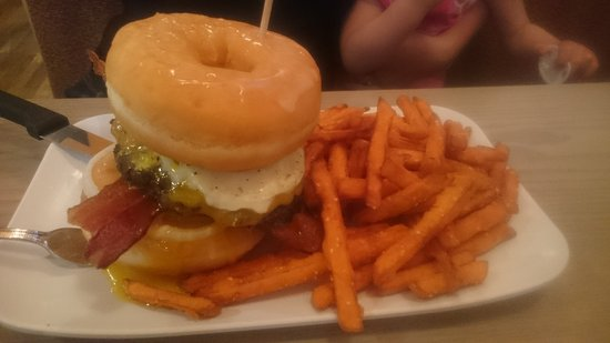 Highlands Ranch, CO: Donuts burger with sweet potato