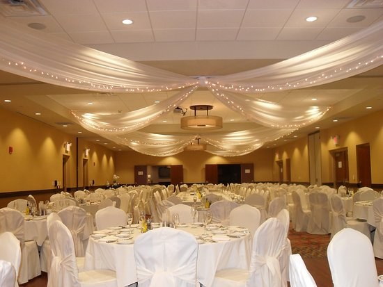 Eau Claire, WI: Wedding Reception