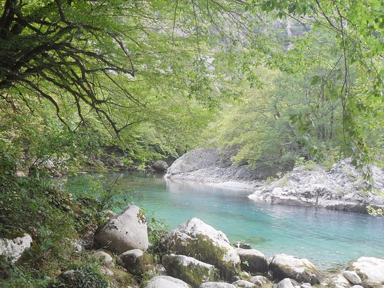 Epirus, Grekland: voidomatis piges
