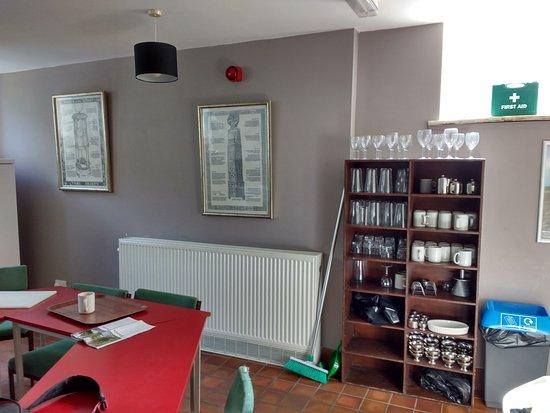 Newport -Trefdraeth, UK: Kitchen 4