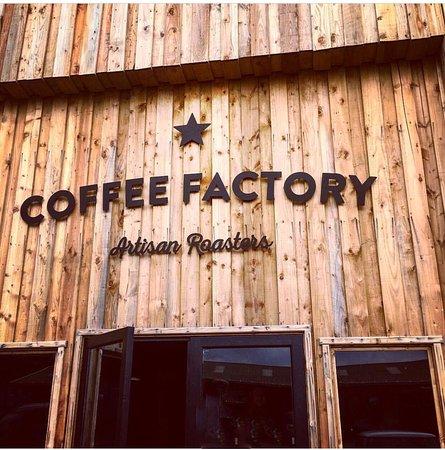 Аксминстер, UK: Coffee Factory