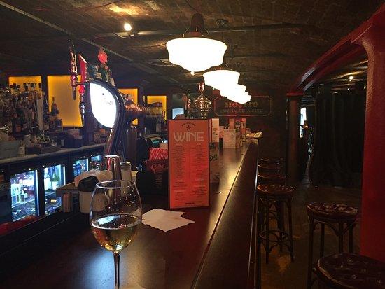 067e1261da Bar im Obergeschoss - Picture of Revolucion de Cuba Albert Dock ...