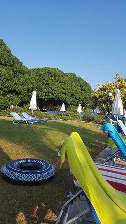 Avanti Hotel: July/Aug 16