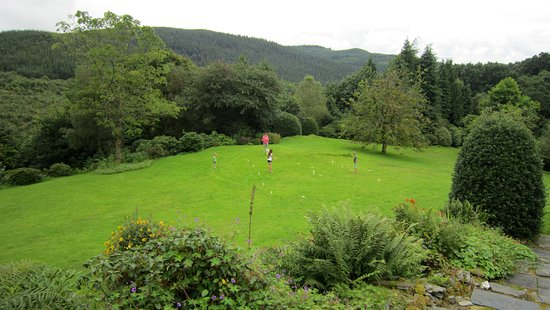 Aberdyfi (Aberdovey), UK: The Lawn