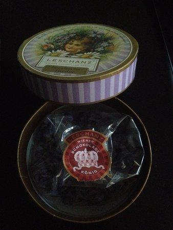 Leschanz Wiener Schokolade Konig