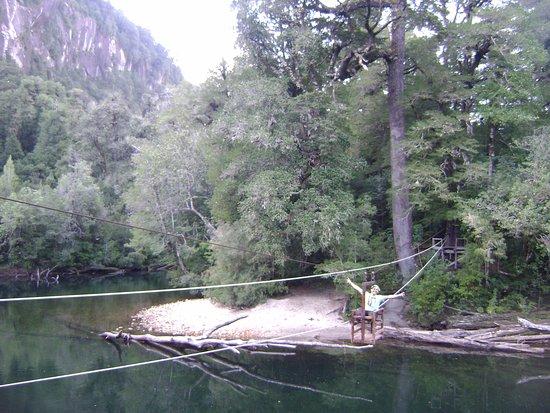La Junta, Valle Cochamó, Chile. cruzando el río con estilo!