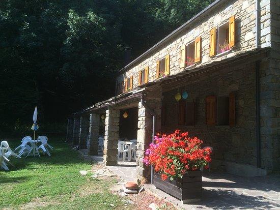 Lizzano in Belvedere, Italia: Trattoria Budiara