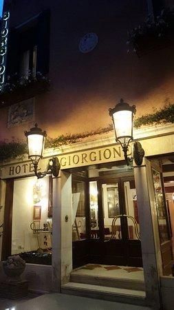 Giorgione Hotel: Snapchat-5201850988856498145_large.jpg