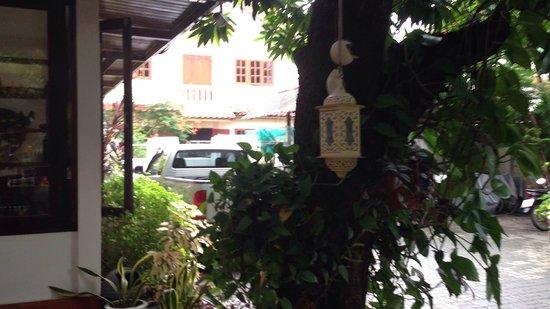 Yindee Stylish Guesthouse Photo