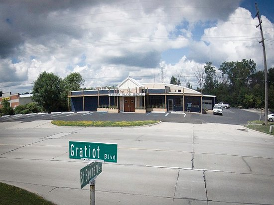 Marysville, MI: View of our building from Gratiot.