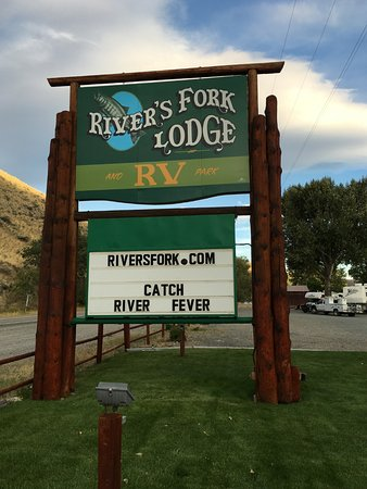 River's Fork Lodge Image
