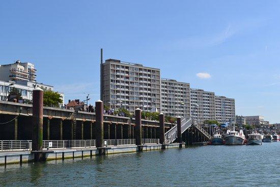 Boulogne-sur-Mer, Francia: Les quatre buildings du Quai Gambetta