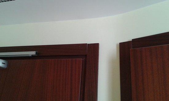 هوتل ويندورس: cornici delle porte