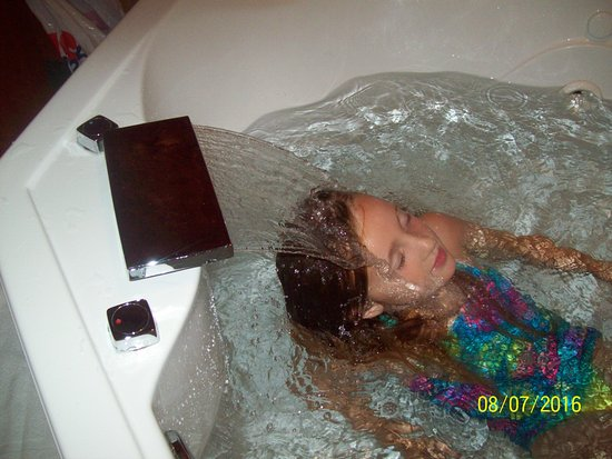 Wetmore, MI: She was amazed with the facet in the whirl-pool in our room :-)