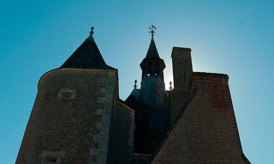 Lassay-sur-Croisne, Франция: chateau du moulin
