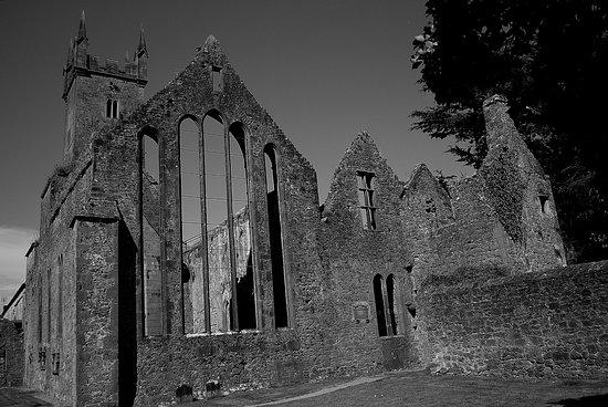 Ennis, Irlanda: A bit of B&W.