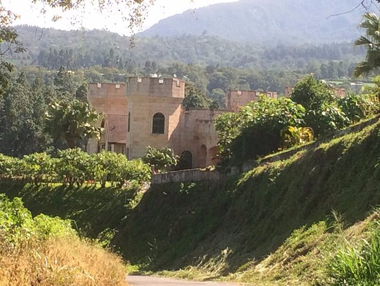 Villa Marita: the private castle next door