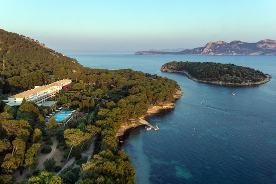 Formentor, a Royal Hideaway Hotel: Overview