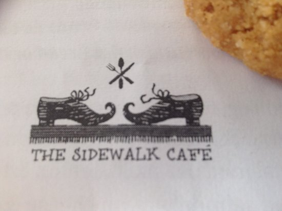 The Sidewalk Cafe: Cute