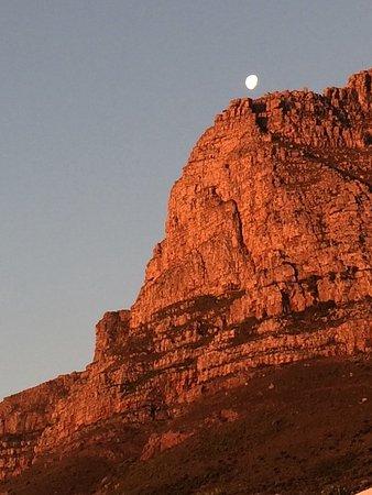 camps bay villa table mountain moonrise