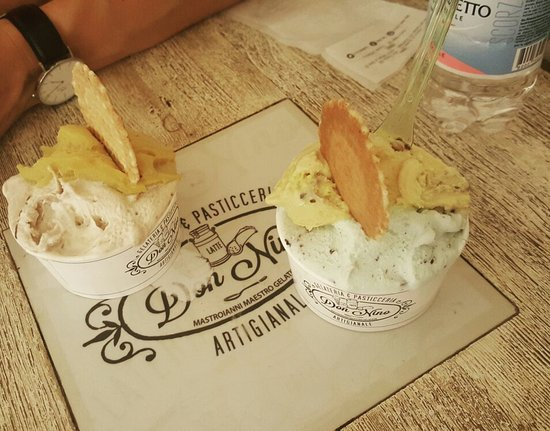 Best Ice cream ever! The mint choco chip was amazing 😋👌