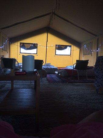 Biddenden, UK: Cosy safari tent