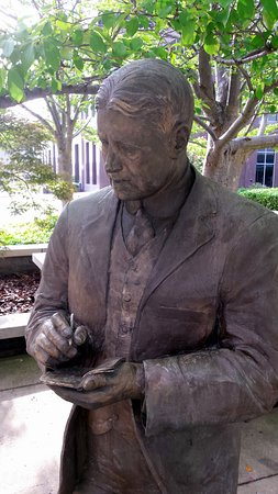 Greensboro, Carolina del Norte: Statue of O'Henry
