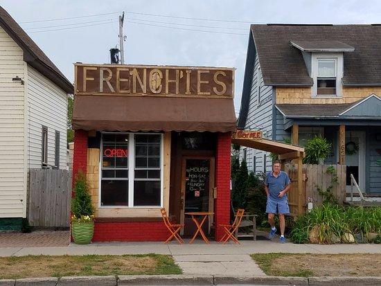 Om Cafe Traverse City Mi