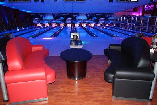 Genas Bowling