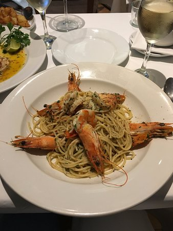 Casalingo: Pasta with prawns and the most delicious garlic and chilli sauce.