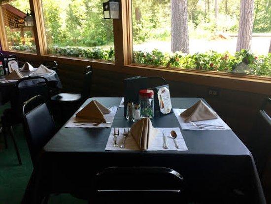 Land O' Lakes, WI: Window Table