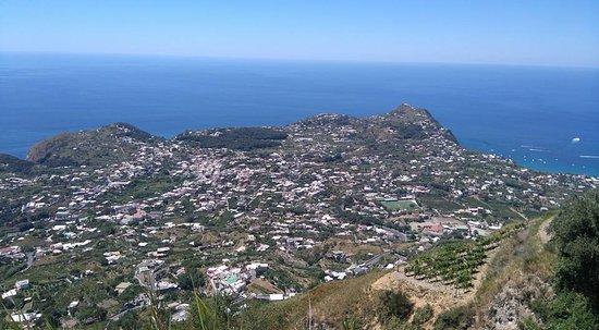 Serrara Fontana, Włochy: Vista panoramica dal Bracconiere
