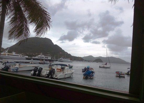 Terre-de-Haut, Guadeloupe: Vista a través de la ventana