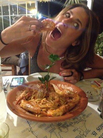 Agios Prokopios, Grækenland: Spaghetti with big shrimps!!