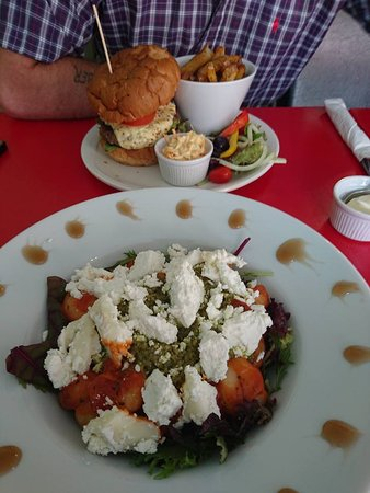 Horncastle, UK: Gnocchi special & Ollies Burger