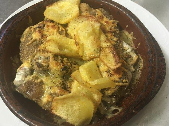 Cretas, Испания: Cocina casera elaborada al momento con productos de cercanía