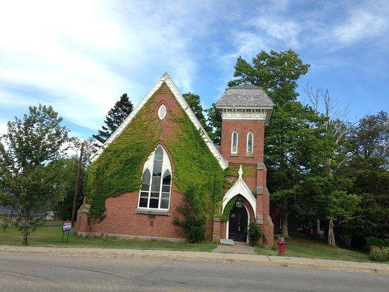 Bridgetown, Kanada: A town of beautiful buildings & houses