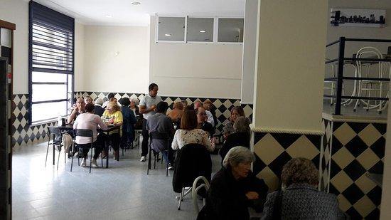 Linda-a-Velha, Portugal: Espaco 1
